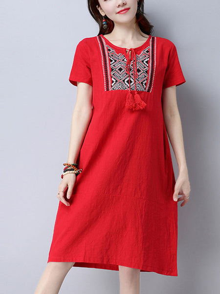 Round Neck Tassel Embroidery Shift Dress - Bychicstyle.com