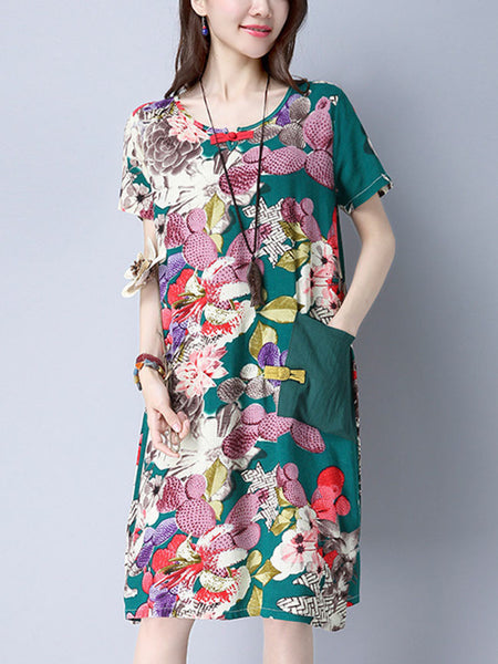 Casual Round Neck Decorative Button Printed Shift Dress With Patch Pocket