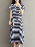 ByChicStyle Casual Basic Loose Striped Round Neck Patch Pocket Maxi Dress