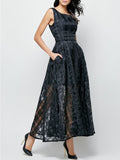 ByChicStyle Casual Plaid Hollow Out Pocket Round Neck Maxi Dress