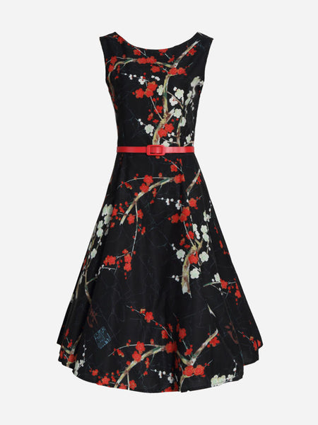 Casual Round Neck Belt Floral Printed Skater Dress