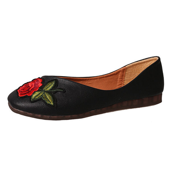 Casual Flower Embroidery Vintage Flat Slip On Shoes
