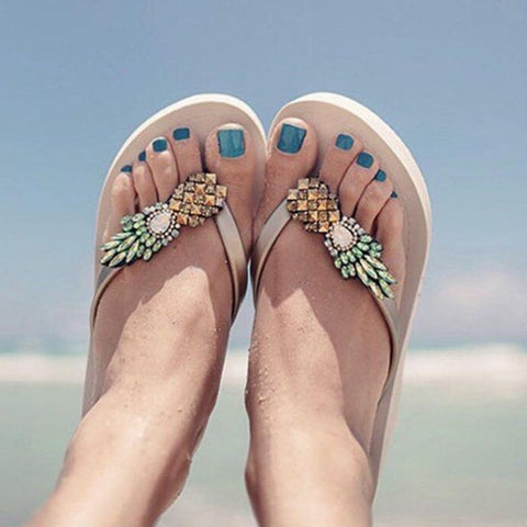 Casual Apricot Round Toe Flat Pineapple-shaped Rhinestone Casual Slippers