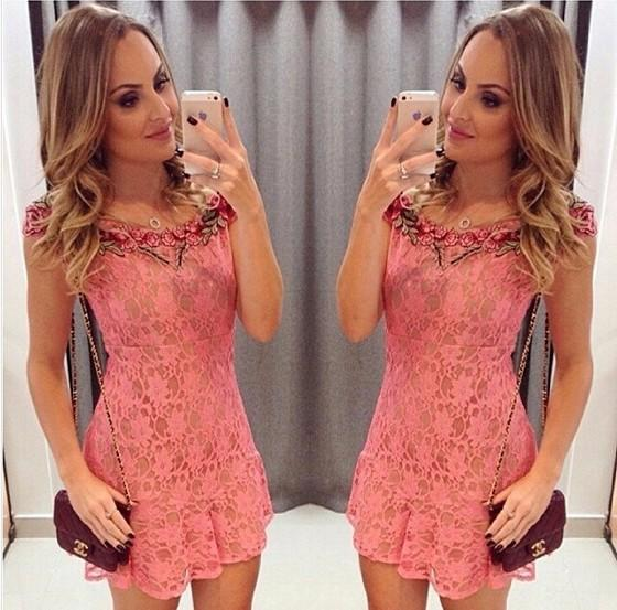 Casual Pink Flowers Lace Hollow-out Embroidery Collarless Round Neck Mini Dress