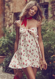 ByChicStyle Casual White Floral Print Condole Belt V-neck Casual Mini Dress