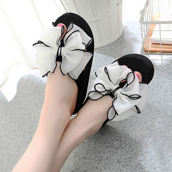 Casual White Round Toe Flat Ribbon Bow Sweet Slippers