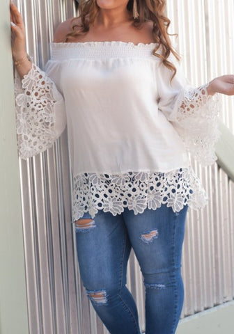 2018 White Lace Cut Out Off Shoulder Sweet Going out Chiffon Blouse