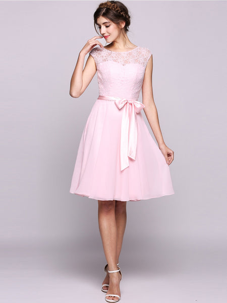 Women A-Line/Princess Scoop Neck Knee-Length Chiffon Lace Bridesmaid Dress With Bows