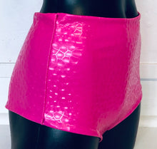SALE - XL - Jaimee Reversible Shorts in Pink Honeycomb and Purple
