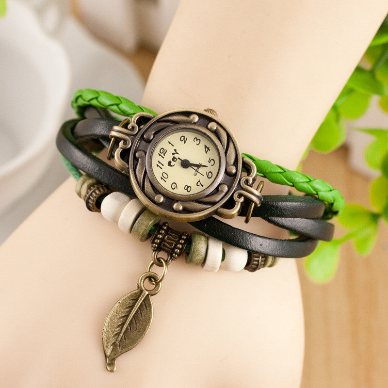 Retro Style Leaf Pendant Multilayer Watch