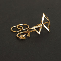Fashionable Joker Arrows Diamond Triangle Suit Ring