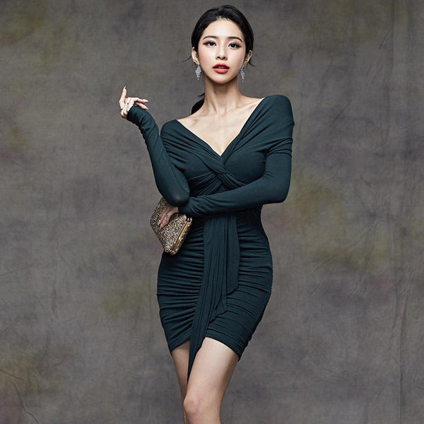 Sexy V-neck Slim-Fit Pleated Sleeve Party Dress