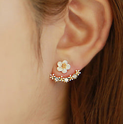Little Daisy Flowers Back Hanging Earring