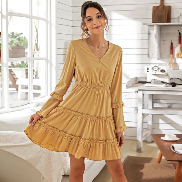V-neck Slim Elastic Waist Flared Sleeve Dress