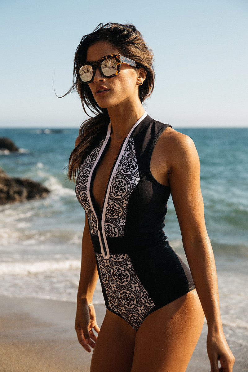 Retro Style Print High Neck Front Zipper One Piece Swimwear