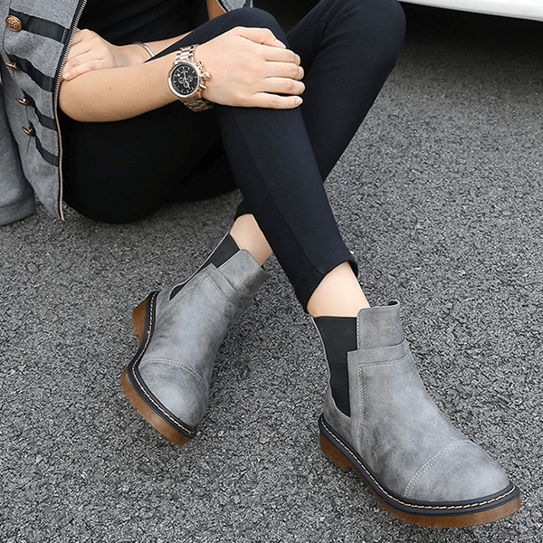 Leather Round Toe Low Heel Chelsea Boots