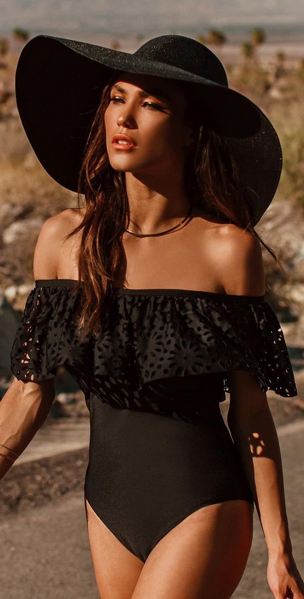 Black Sweet Off Shoulder Falbala One Piece Swimwear