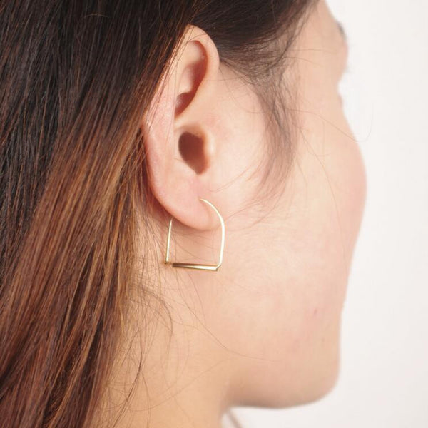 Fashionable Arch Joker Earrings