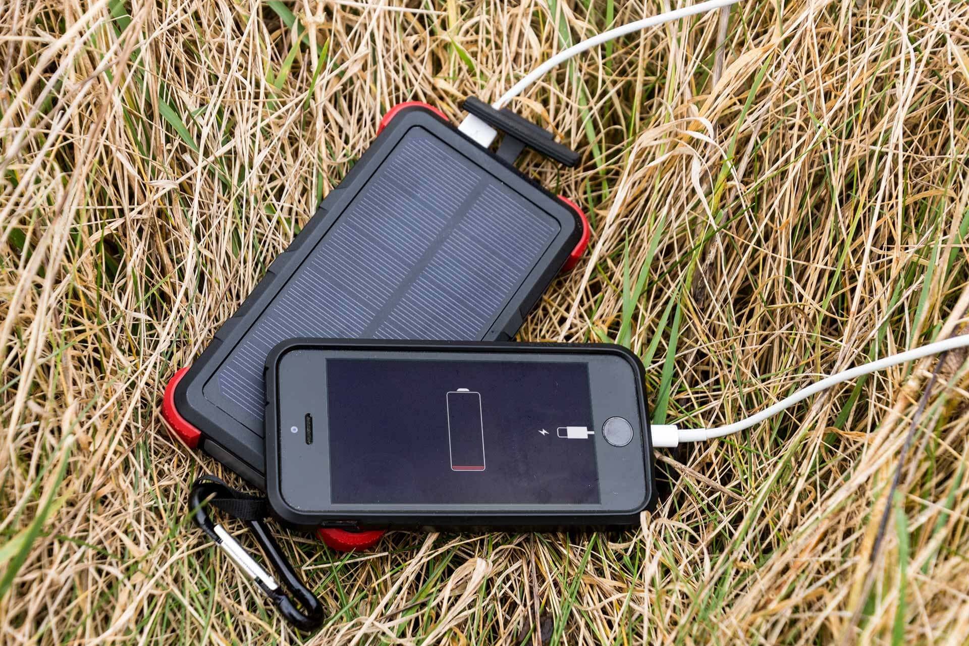 outxe savage power bank 10000mah review from thebackpacker.de