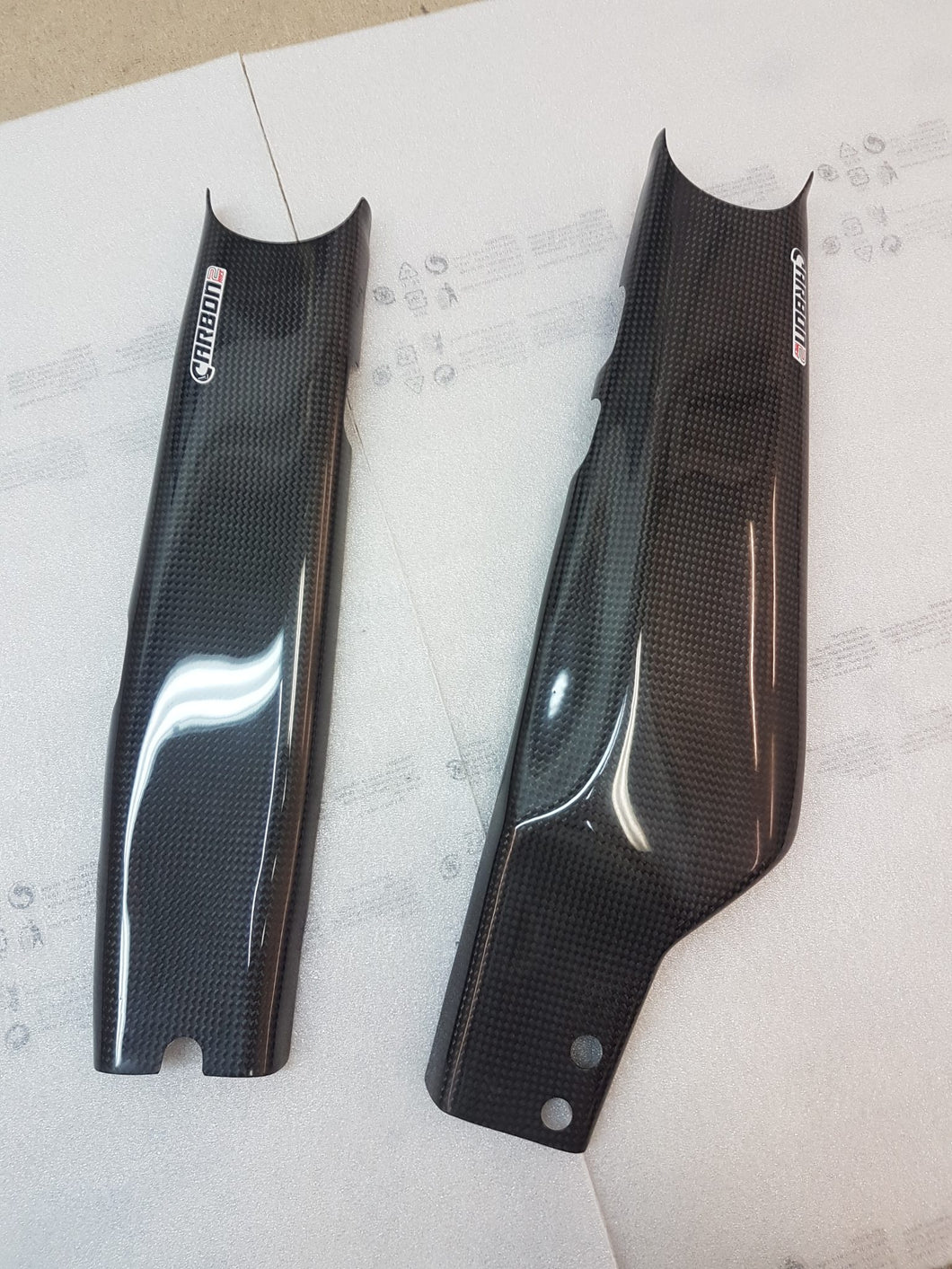 CARBON2RACE KAWASAKI Z1000SX / NINJA 1000 2011-2019 CARBON FIBER SWINGARM COVERS