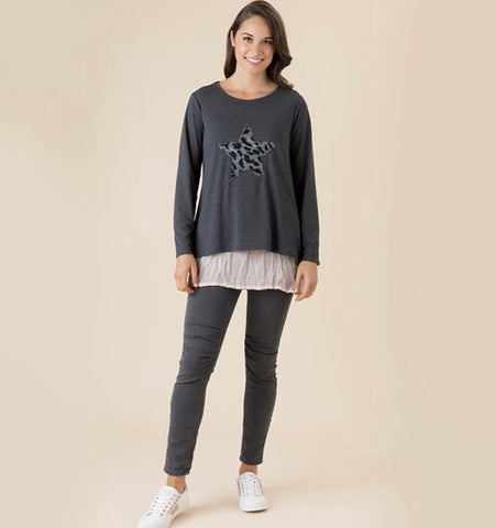 Threadz Star Front Knit