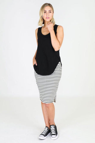 Fifi Tank Black - Debbie Lee Fashions