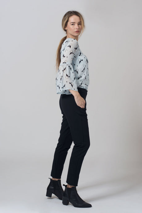 Kiss blouse jobbgarderobe