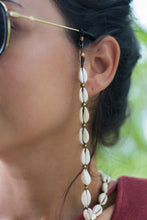 Domes Macrame Cowrie Shell Sunglass Strap