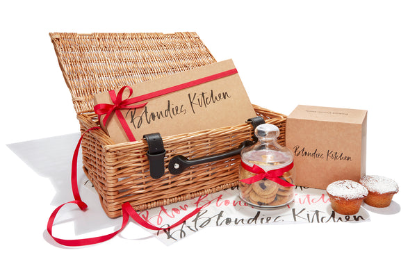 Wicker Selection Hamper of Cookies and Mince Pie Cookie Cups