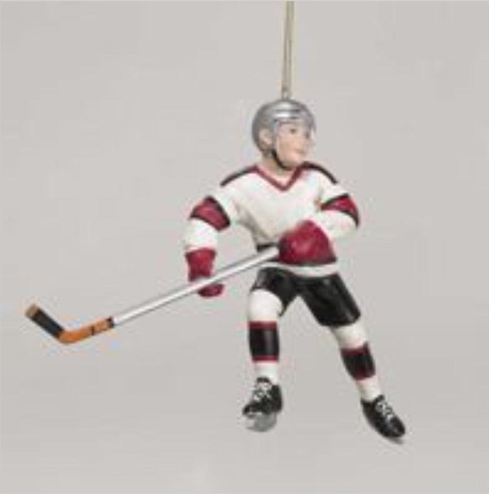 Ice Hockey Figurine Ornament - D0162