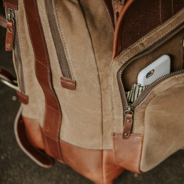 Everywhere Laptop Backpack Tan Front Organizer Pocket