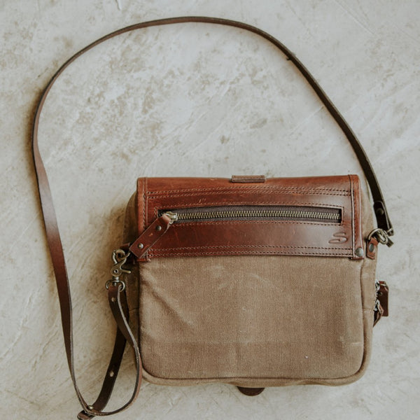 Medium Crossbody Wallet Purse in Tan back view
