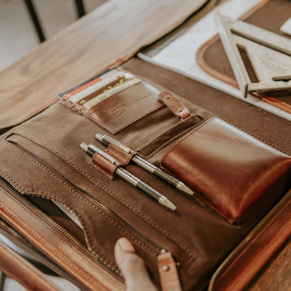 Leather Tablet Organizer Interior Organization Details