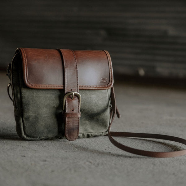 Medium Crossbody Wallet Purse Olive