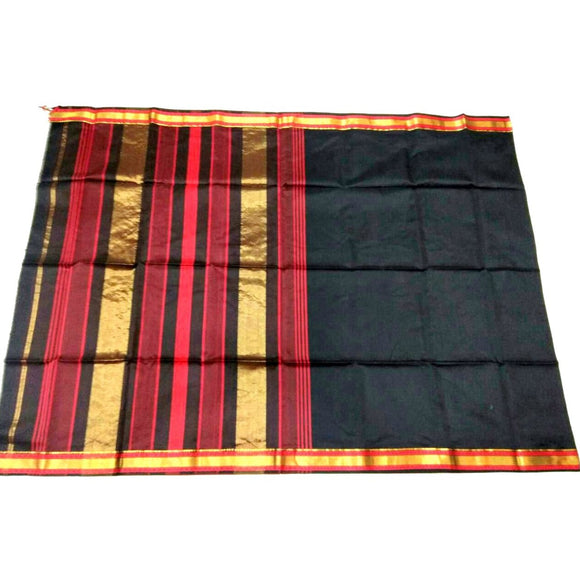 Gorgeous black silk cotton Maheshwari Saree with plain body and zari border