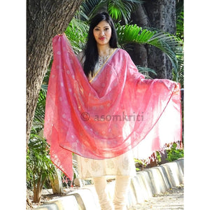 Gorgeous pink linen Dupatta which suits both as ethnic and western wear