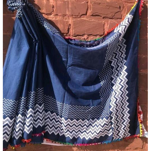 Blue white soft mulmul cotton saree for a comfort wear
