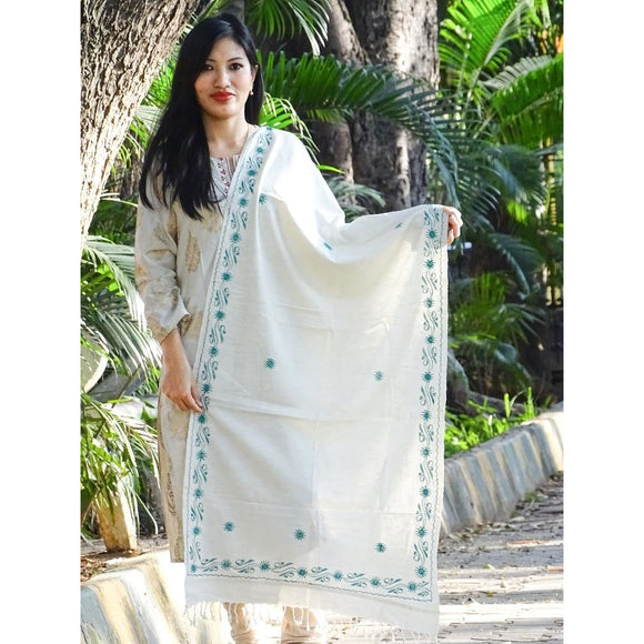 Natural eri silk colored pure Eri silk Assamese Stole with hand embroidery in green