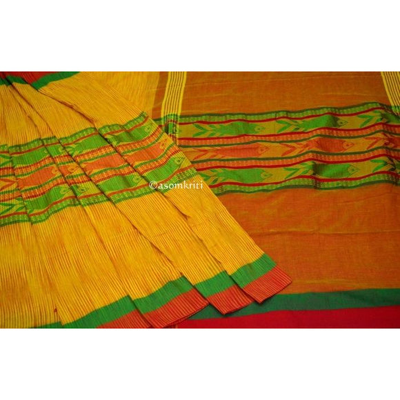 Bright Yellow Intricate Fish Motif woven on Bengal Handloom Cotton saree