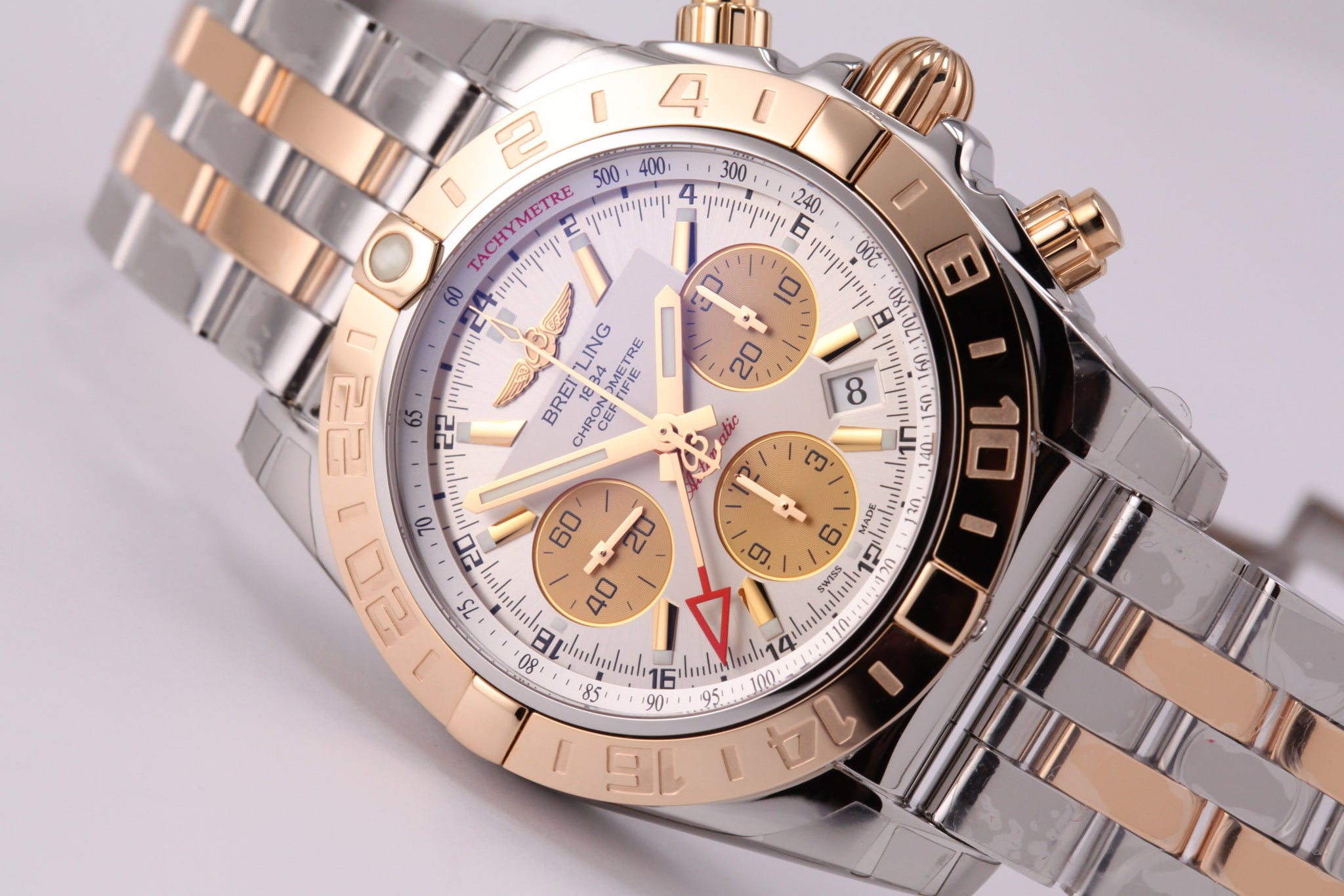 Breitling Chronomat 44 GMT 18kt gold/SS Silver Dial