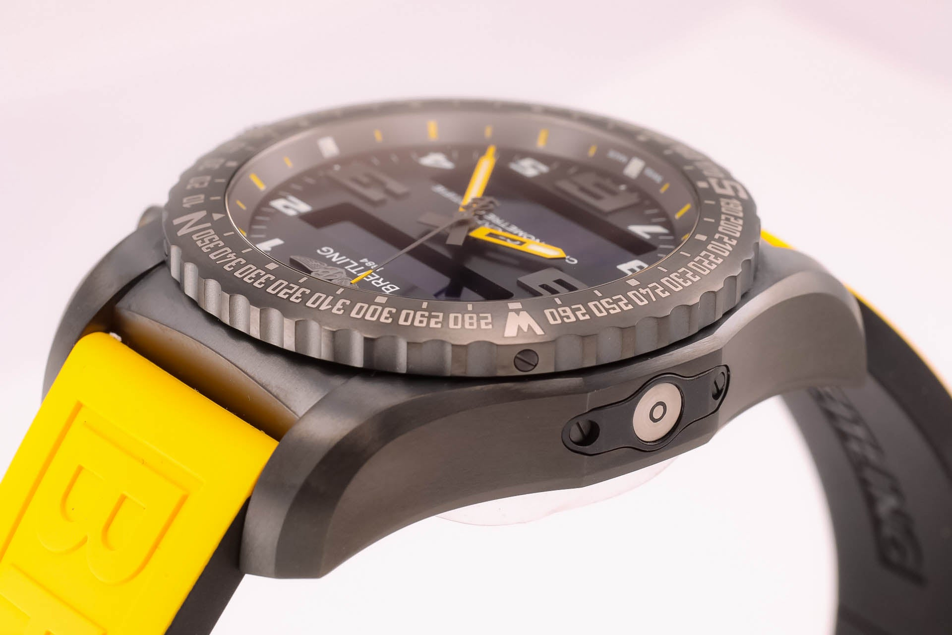 Breitling Cockpit B50 Yellow Edition