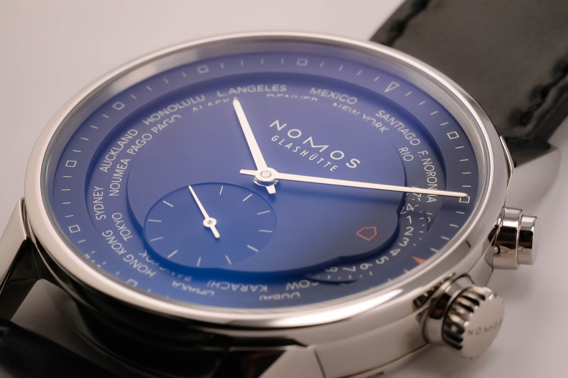 Nomos Zürich World Time Midnight Blue Automatic Zurich