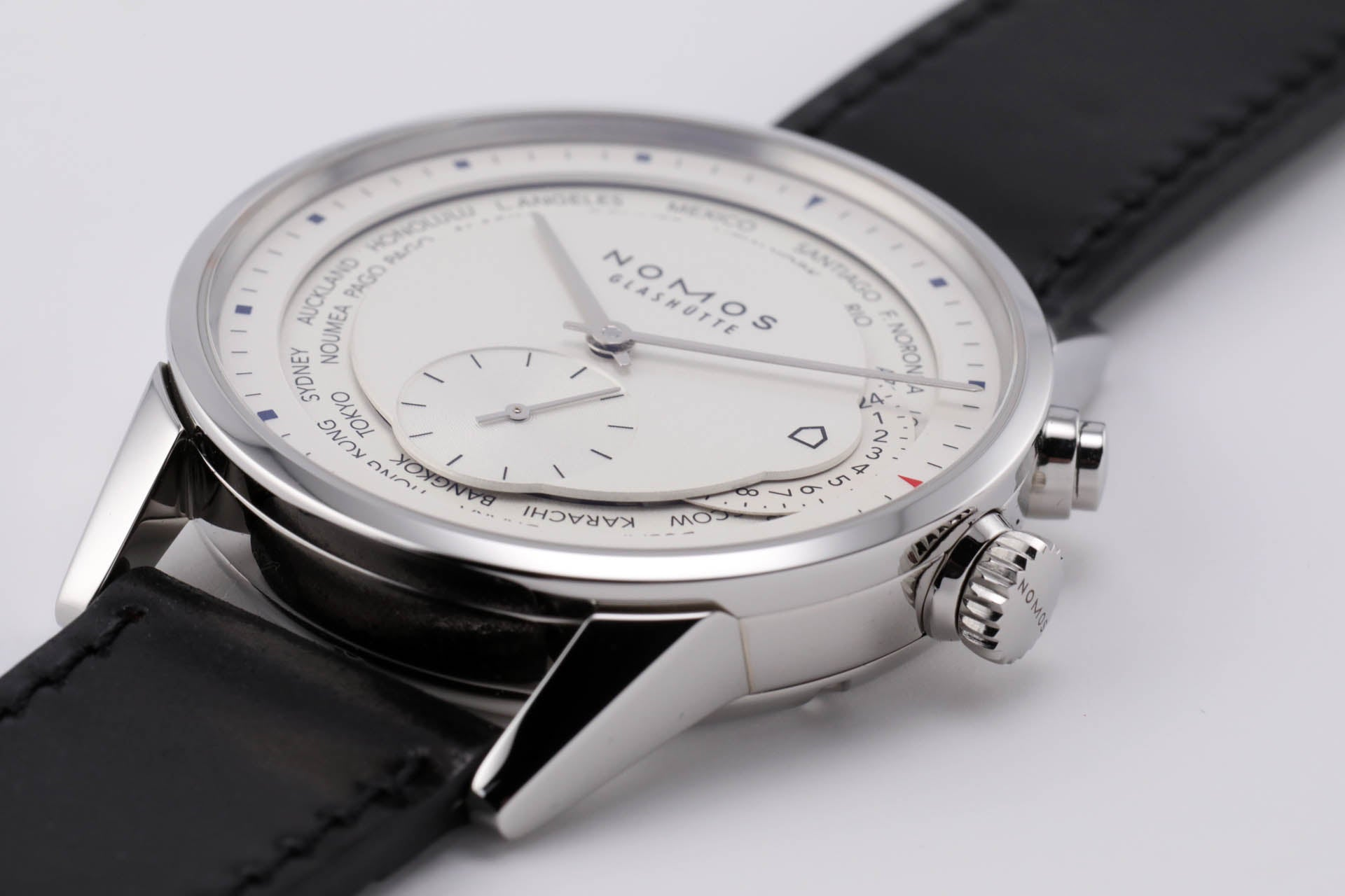 NOMOS Zürich World Time Silver (Winter Special)