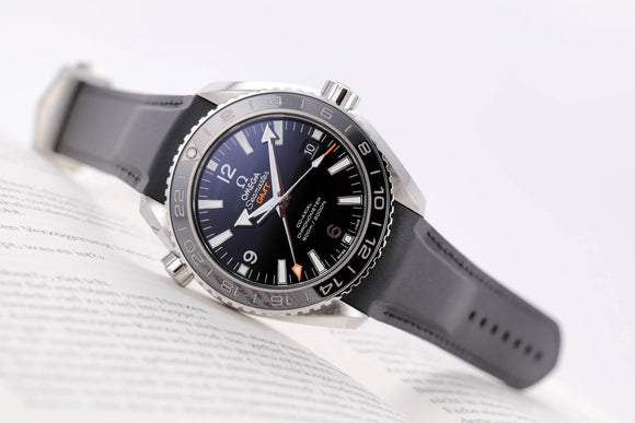 Omega Planet Ocean GMT 600M Omega Co‑axial GMT 43.5 mm - The Luxury Well