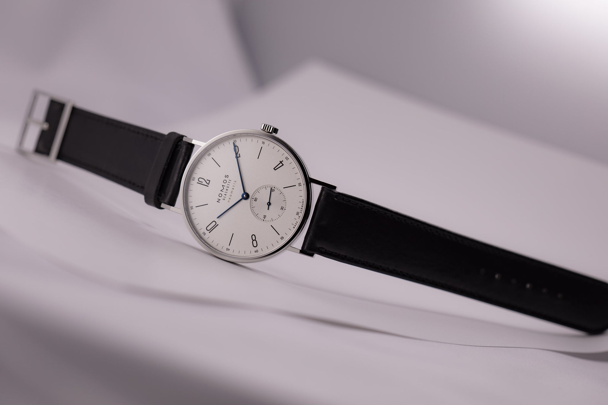 Nomos Tangente Neomatik 39, Stainless Steel, Automatic