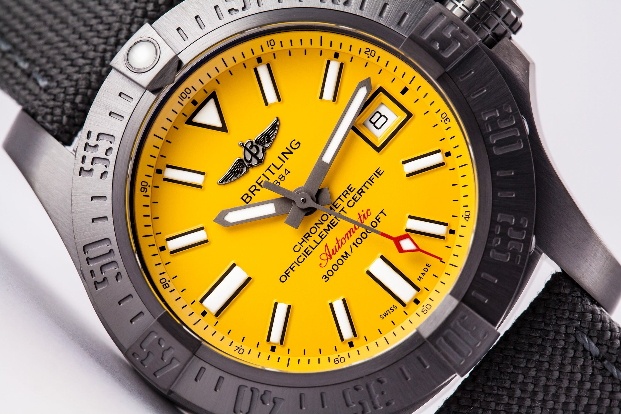 Breitling Avenger II Seawolf Blacksteel Limited Edition Yellow