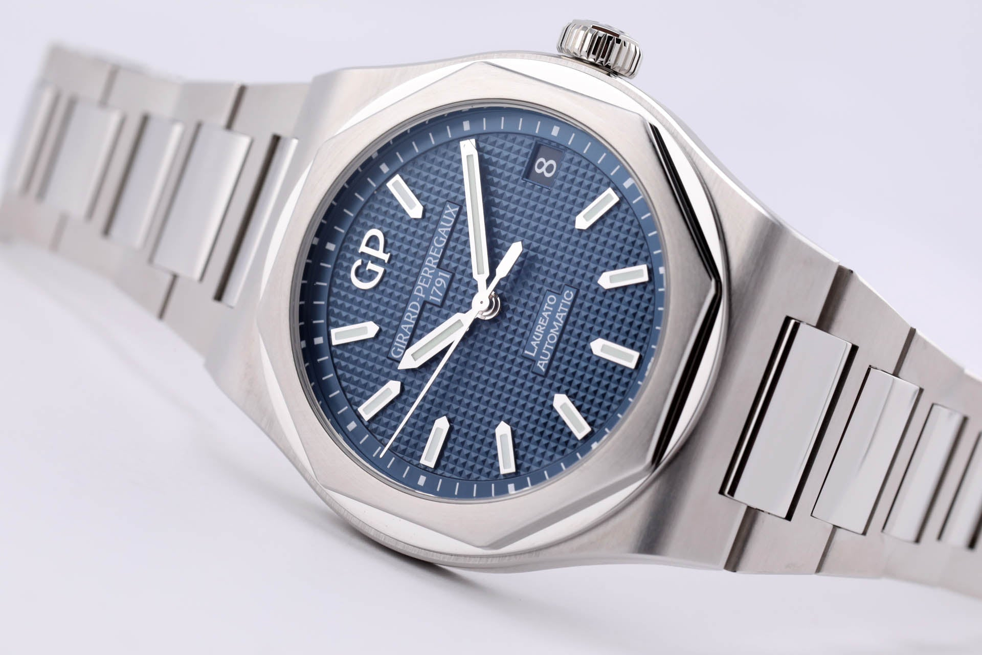 Girard Perregaux Laureato 42mm Steel Blue Dial Automatic