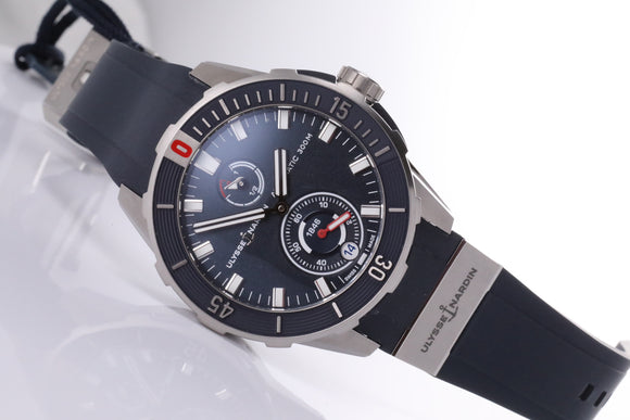 Ulysse Nardin Diver Chronometer 44mm blue dial - The Luxury Well