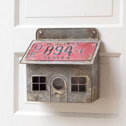 License Plate Saltbox House Metal Birdhouse