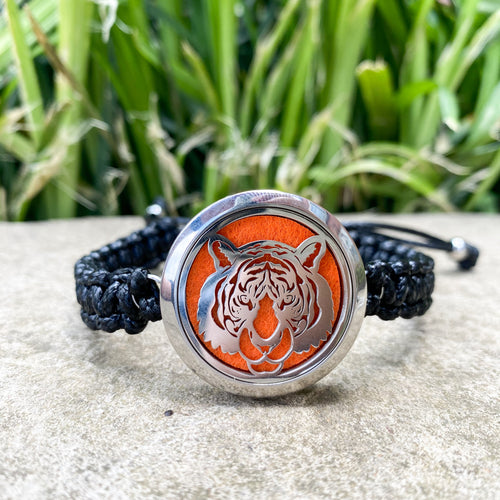 Stainless Steel Tiger Adjustable Diffuser Bracelet Set